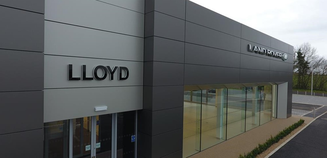 Lloyds Land Rover, Kelso